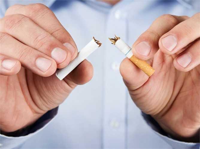 Bỏ thuốc lá: Nhiều nghiên cứu đã chỉ ra rằng hút thuốc làm tăng nguy cơ đau lưng và đĩa đệm. Khi gặp cơn đau, người hút thuốc lá họ sẽ trải qua cảm giác khó chịu nhiều hơn so với người không hút thuốc.