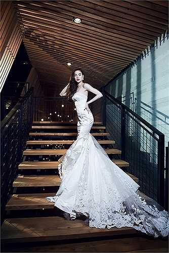 Dù Hồ Ngọc Hà không tránh khỏi việc bị so sánh với các đàn chị và cả đàn em, không thể phủ nhận sức hút cũng như sức ảnh hưởng của cô đến thị trường nhạc Việt trong những năm qua.