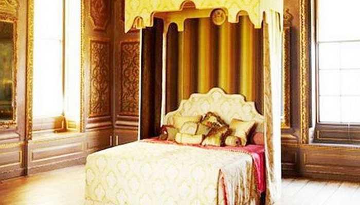 Nói về độ chịu chơi phải kể đến đại gia Lê Ân, 'tận mục' nhà của ông, nhiều người thấy 'sốc' vì 'siêu' giường 6 tỷ đồng, dựa trên thiết kế cho hoàng gia Anh và là chiếc giường đắt nhất thế giới. Tiền thuế nhập khẩu chiếc giường sẽ phải đóng là 1,45 tỷ đồng.
