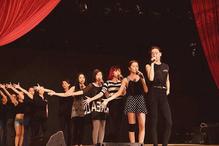 Đây là một niềm vui cũng là động lực to lớn đến Hồ Ngọc Hà để cống hiến hết mình và không làm khán giả thất vọng trong Live Concert quan trọng và để lại dấu ấn trên con đường âm nhạc của mình.