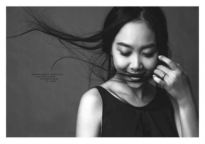 Đoan Trang ấn tượng trong từng shoot ảnh.
