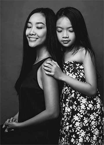 Đoan Trang cũng thường xuyên chia sẻ hình ảnh cuộc sống viên mãn của hai vợ chồng.