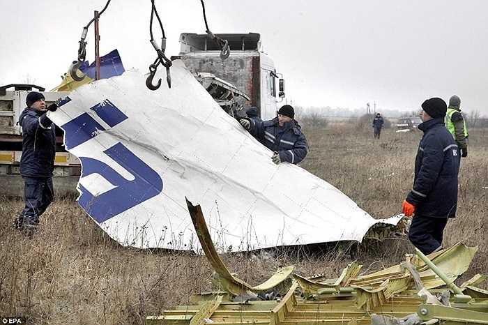 Theo Daily Mail, các mảnh vỡ phải được thu gom sạch sẽ trước khi mùa đông kéo đến