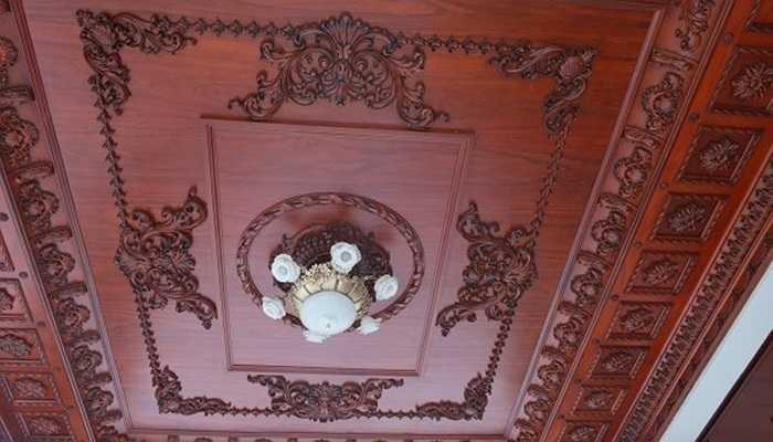 Những hình ảnh về nội thất của tòa lâu đài này chính là điểm nhấn nổi bật bên trong ngôi nhà với những đồ vật và các kết cấu trang trí được thiết kế một cách tinh xảo, bắt mắt.