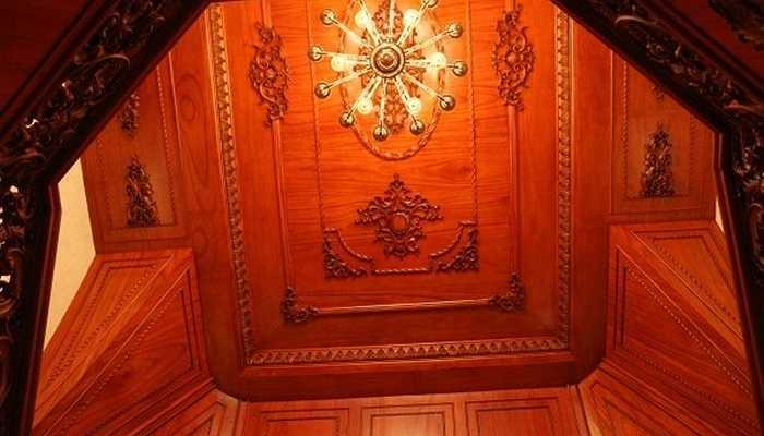Chủ nhà là người chịu đầu tư. Để có được sự hoàn mỹ, gia chủ đã không ngần ngại bỏ thêm hàng tỉ đồng để thiết kế lắp đặt hệ thống đèn cao cấp cho lâu đài.