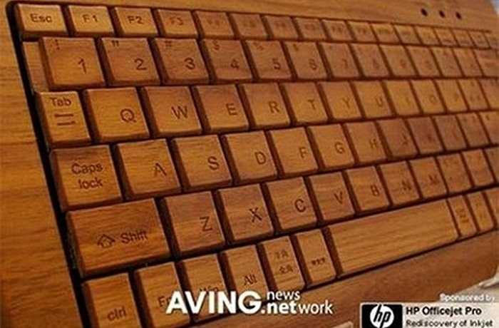 Bàn phím máy tính được làm từ gỗ, trẻ trung, mới mẻ và hấp dẫn đối với những ai thường xuyên gõ văn bản.