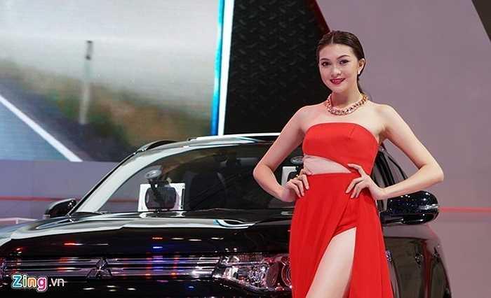 Hãng xe Nhật Bản Mitsubishi mang đến triển lãm 3 mẫu xe mới trình làng tại thị trường trong nước là Attrage, Outlander Sport và Pajero.