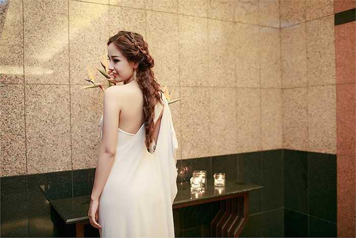 Chính vì thế, sự trở lại của Hoa hậu Việt Nam 2006 được nhiều người trông đợi.