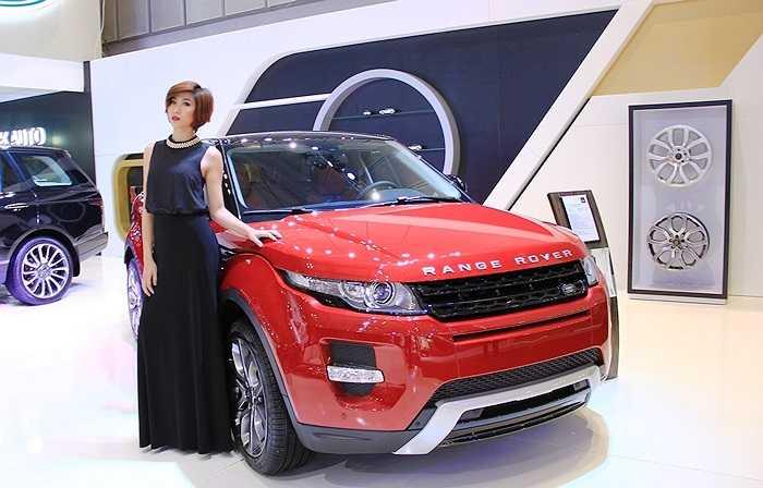 Sáng 19/11 tại Trung tâm Hội nghị và Triển lãm Sài Gòn (SECC) TP.HCM chính thức diễn ra lễ khai mạc Triển lãm Ô tô Việt Nam 2014 với sự tham gia của 18 thương hiệu ô tô danh tiếng.