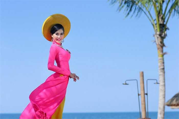 Tối nay, 38 cô gái sẽ cùng bước vào đêm thi cuối cùng cuộc thi Hoa hậu Việt Nam 2014 để tìm ra chủ nhân của chiếc vương miện cao nhất.