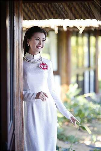 Jennifer Phạm và Khắc Nguyện sẽ là cặp đôi MC cho đêm chung kết