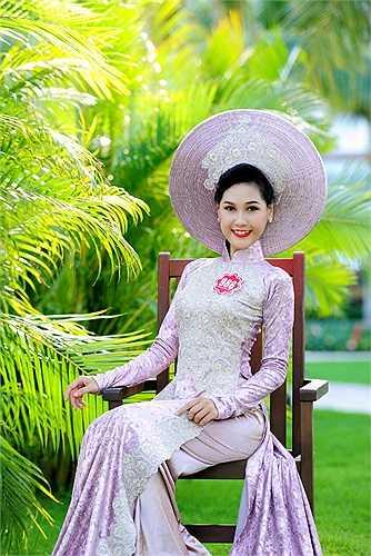Thí sinh xuất sắc nhất sẽ là chủ nhân của chiếc vương miện Hoa hậu Việt Nam 2014.