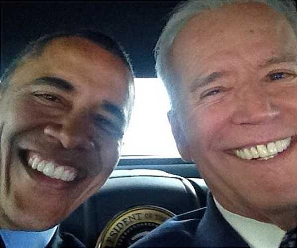Tấm hình selfie của tổng thống Mỹ - Barack Obama với một vị khách quan trọng của mình trên Instagram cũng được coi là bức ảnh ấn tượng nhất năm 2014.