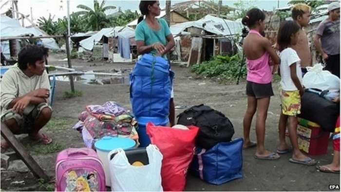 Nhiều người ở thành phố Tacloban vẫn chưa hết ám ảnh bởi sức tàn phá kinh hoàng của siêu bão Hải Yến