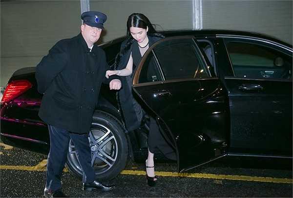 Ngọc Trinh, Khắc Tiệp là những sao Việt hiếm hoi có mặt tại Victoria Secret Show và có vé ngồi ở khu vực khách mời VIP của chương trình