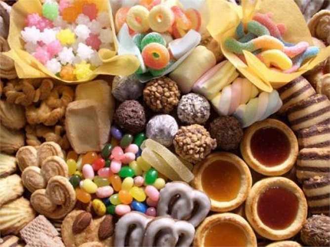 8. Ăn ngũ cốc và đồ ngọt trước khi ngủ: Những thực phẩm này là thủ phạm đảo lộn quá trình bài tiết và trao đổi chất, gây áp lực cho cân bằng toàn cơ thể, làm ảnh hưởng đến giấc ngủ, gây mất ngủ và tỉnh giấc vào giữa đêm!