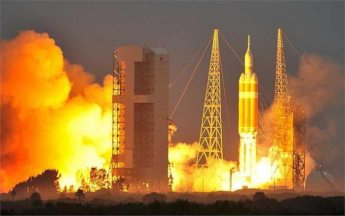 Trong chuyến bay thử nghiệm này, Orion sẽ bay hai vòng quanh Trái Đất.