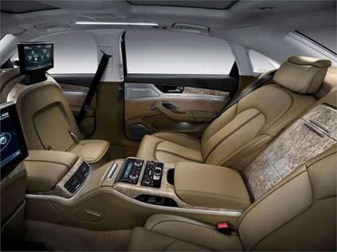 3. Ghế để chân của Audi    Audi cho rằng đây là sáng kiến giúp bạn duỗi chân thoải mái. Nhưng có vẻ nó chỉ tốn diện tích hơn là tiện lợi.