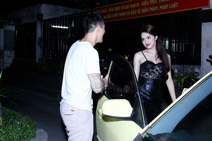 Sau khi diễn xong, Criss Lai ân cần đưa Hương Giang về nhà