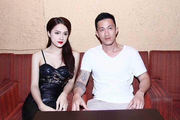 Kể từ khi tuyên bố sống chung, Hương Giang Idol và Criss ngày càng trở nên tình cảm như một đôi vợ chồng trẻ