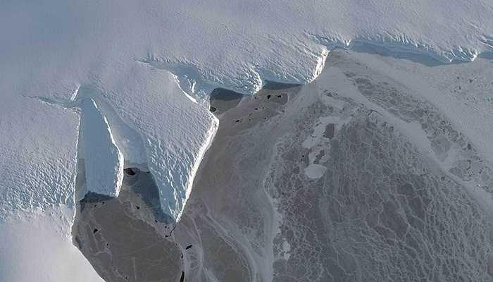 Ảnh chụp vùng lưu vực Nordenskjold, Châu Nam Cực, 12/03/2014