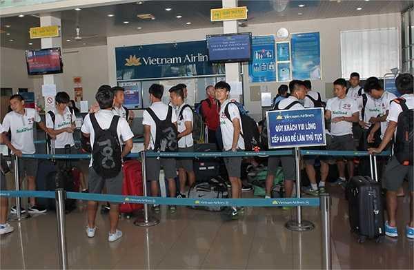 Hình ảnh HAGL ở sân bay Pleiku (Ảnh: Minh Trần)