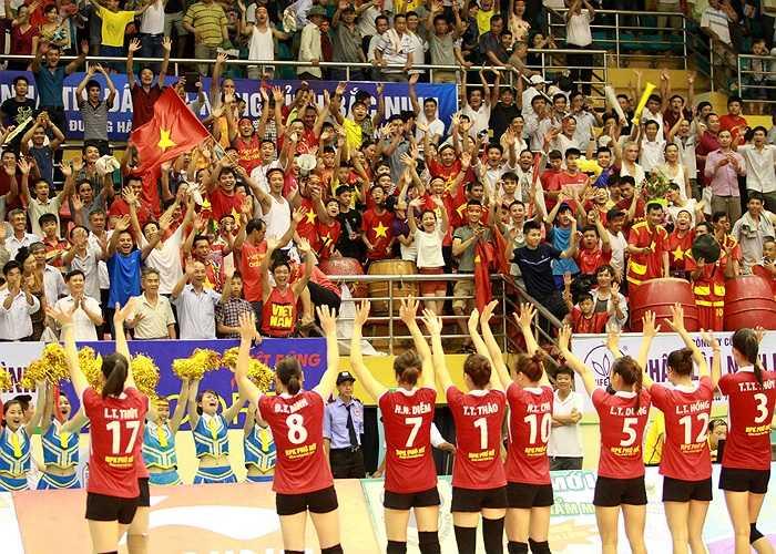 Nhiều người ngạc nhiên khi từ khóa 'VTV Cup 2014' đứng ở vị trí thứ 7. Nhưng nó không vô lý bởi đây là giải đấu tuyển bóng chuyền nữ Việt Nam chơi cực hay và vô địch giải sau khi hạ kình địch nữ Thái Lan.