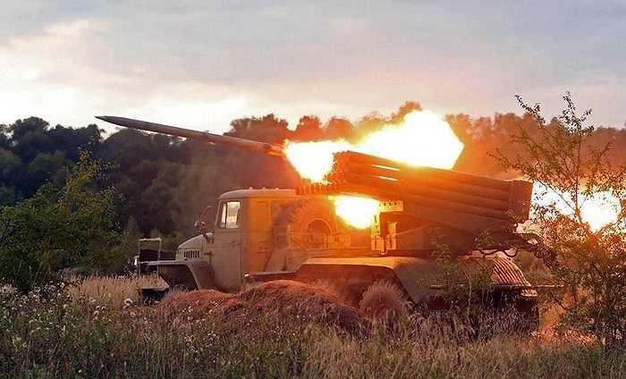 Giàn tên lửa đa nòng BM-21 Grad