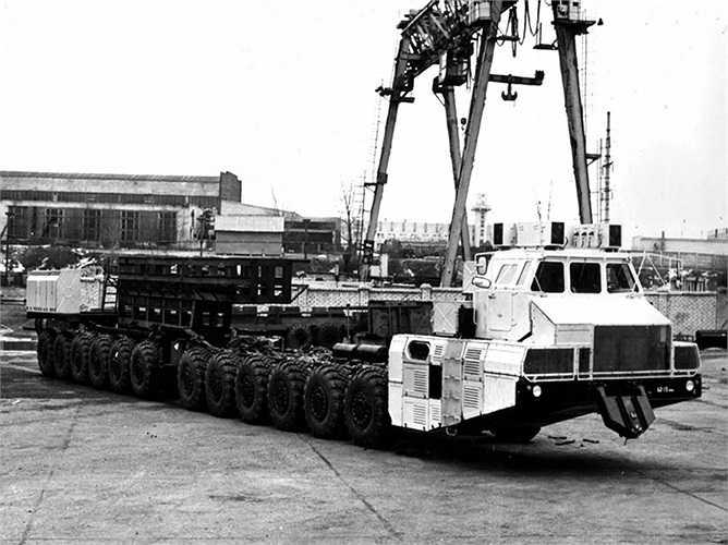 Năm 2006, hai chiếc MAZ-7907 được phục hồi tại nhà máy ở Minsk.