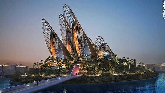 Abu Dhabi đang trở thành trung tâm văn hóa ở khu vực Trung Đông. Dự kiến bảo tàng Louvre sẽ mở cửa năm tới, còn Bảo tàng Quốc gia mở cửa vào năm 2016.