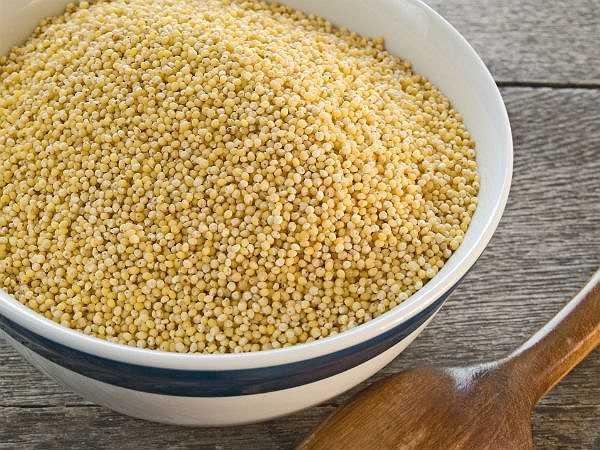 Ăn các loại ngũ cốc: Ăn ngũ cốc nấu chín là một phương pháp khác để hỗ trợ quá trình giải độc cơ thể.