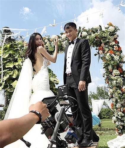 Mọi chuẩn bị cho đám cưới đã được cô dâu chú rể tất bật tiến hành