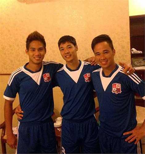 Mặc dù vậy, cựu tuyển thủ U23 Long Giang lại lỡ hẹn với mùa cưới năm nay sau khi anh dính vào vụ bán độ của CLB Đồng Nai