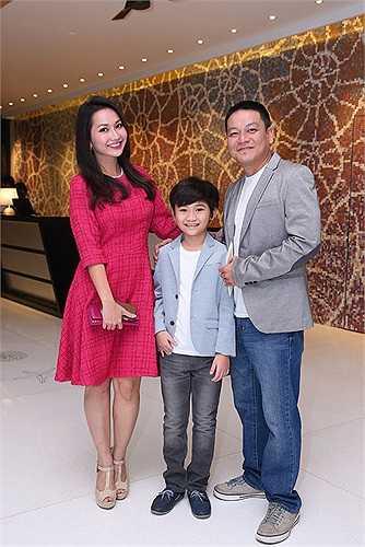 Kim Hiền cùng chồng Andy Lê và con trai Sonic