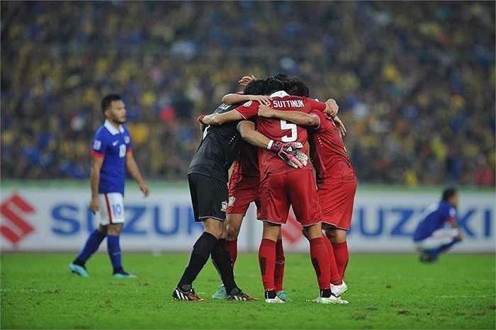 Nhờ thế, dù thua 2-3 ở Bukik Jalil nhưng Thái Lan vẫn chiến thắng chung cuộc