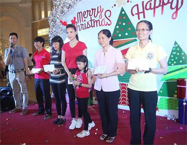 Tại giải thưởng này, Trương Ngọc Ánh và Kim Lý – hai diễn viên chính của Hương Ga đang dẫn đầu giải bình chọn, và Trương Ngọc Ánh cũng được hội đồng nghệ thuật của giải đánh giá rất cao…