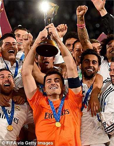 Danh hiệu vô địch thế giới các CLB là danh hiệu Casillas còn thiếu duy nhất trên cương vị đội trưởng. Anh đã hoàn tất năm 2014 bằng việc bổ sung nốt chiếc cúp này hôm thứ bảy vừa rồi