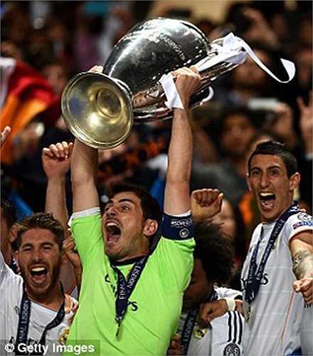 Cũng trong năm 2014, anh giành Champions League trên cương vị thủ quân, điều anh chưa hoàn thành khi giương cúp cùng Real Madrid vào các năm 2000 và 2002