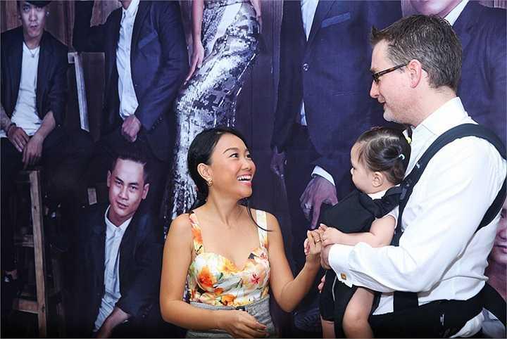 Với sự ủng hộ của gia đình, Đoan Trang có thêm nhiều động lực để tỏa sáng trong liveshow Dấu Ấn.