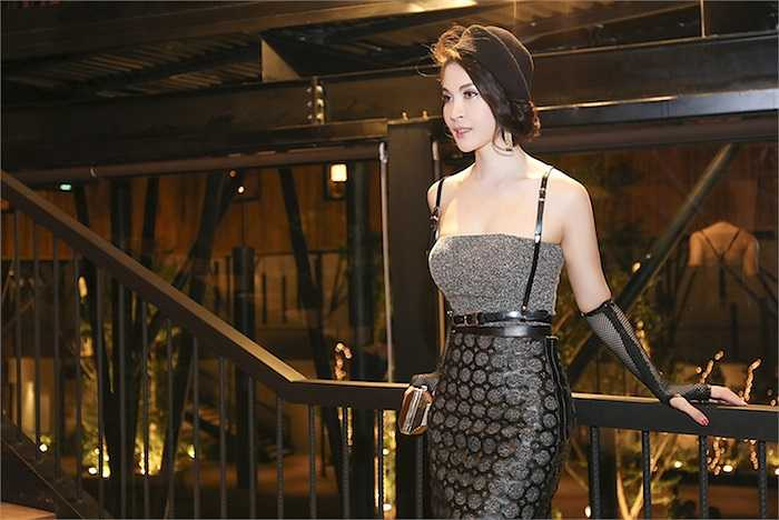 Ở tuổi ngoài 40, nhan sắc Thanh Mai vẫn vô cùng tươi trẻ, rạng rỡ,.