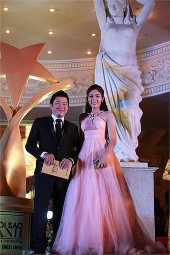 Tối qua (22/12), lễ trao giải Gương mặt Điện ảnh & Truyền hình hôm nay (Face Of The Year Awards) – Cúp Ngôi Sao Xanh đã diễn ra tại Nhà hát lớn TP.HCM với sự tham gia của nhiều sao Việt.