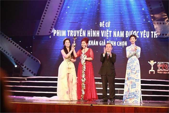 Cô cũng nhận giải cho Bộ phim truyền hình Việt Nam được yêu thích nhất (do khán giả bình chọn) cho phim Tìm chồng cho vợ tôi.