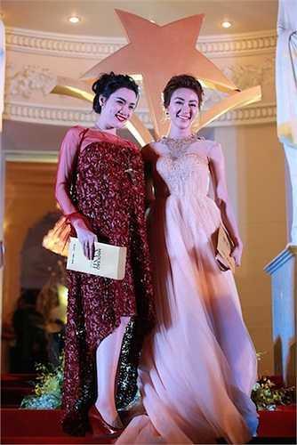 Trang Nhung và Ngân Khánh.