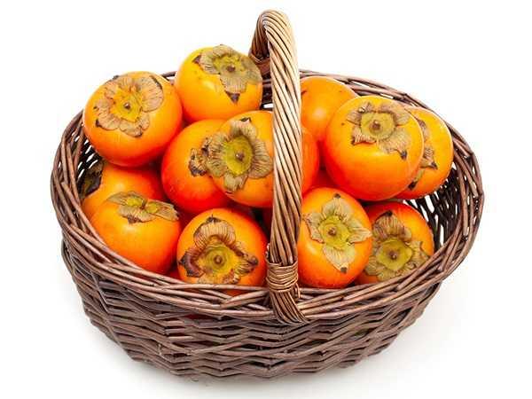 Ngăn ngừa ung thư: Thành phần chất chống oxy hóa và dinh dưỡng thực vật có trong quả hồng giúp chống lại các gốc tự do gây ung thư.