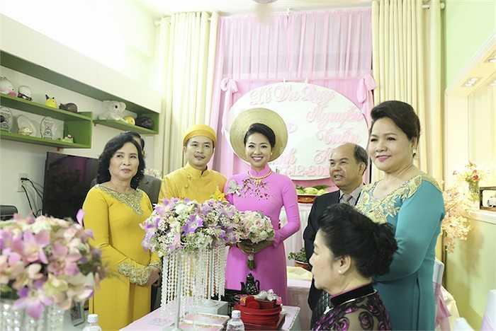 Cùng ngắm thêm những khoảnh khắc đẹp trong hôn lễ của Tuấn Khải - Lê Khánh: