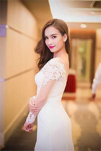 Người đẹp Phan Lê Ái Phương