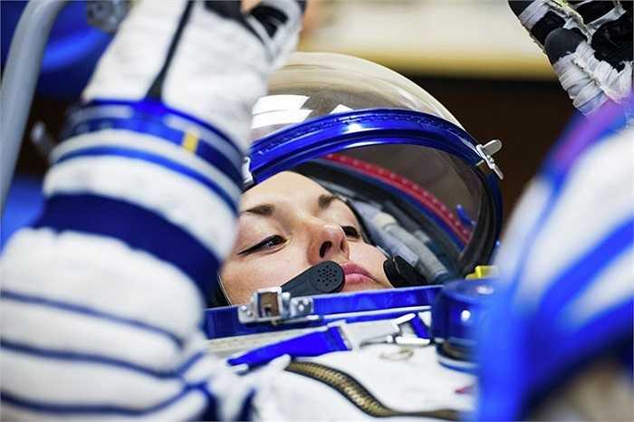 Nữ phi hành gia Elena Serova