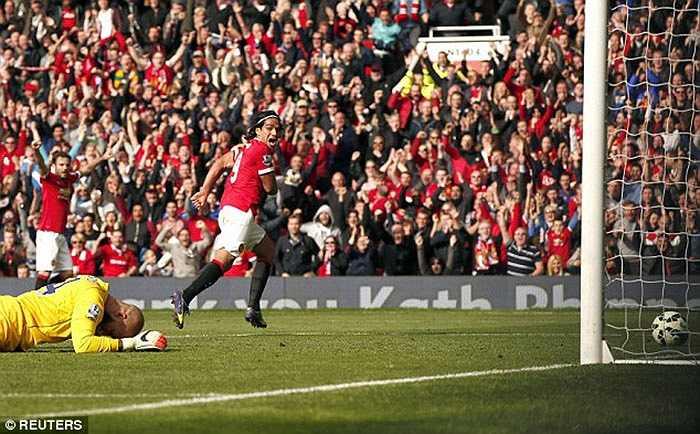 Không phải đá cúp châu Âu, nhưng tháng 10 của Man Utd vô cùng tệ hại. Họ tụt xuống vị trí thứ 9 và thậm chí còn ít hơn năm ngoái 1 điểm