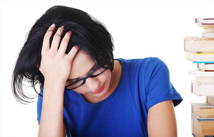 Tập thể dục khi bạn trông lờ đờ và xanh xao: Lờ đờ và xanh xao báo hiệu cơ thể bị mệt mỏi, thiếu năng lượng hoặc đang mắc một căn bệnh nào đó. Đây không phải là lúc thích hợp để bắt đầu việc luyện tập.