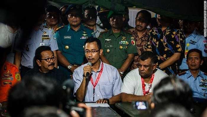 Sunu Widyatmoko, Giám đốc điều hành AirAsia trong cuộc họp báo ở Idonesia